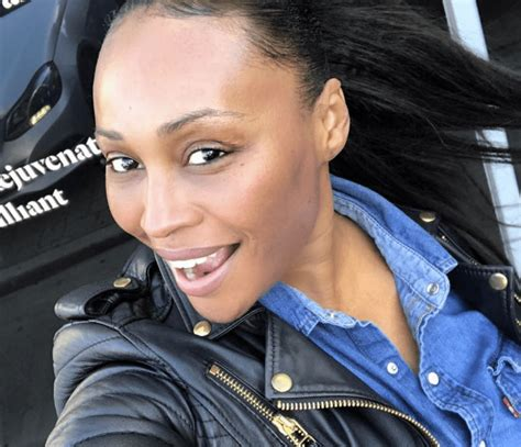 cynthia bailey lipstick colors cynthia bailey is fifty fabulous and makeup free pic