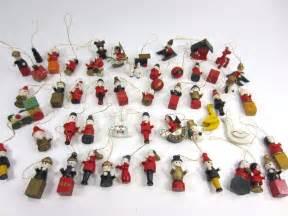 vintage lot of wooden miniature mini christmas tree