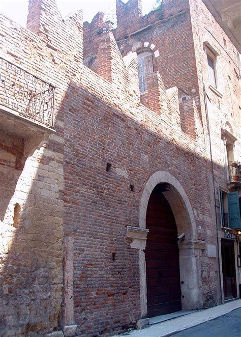 Verona Casa Di Romeo by File Casa Di Romeo Verona Jpg