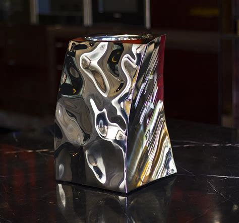 Mercury Effect Vase by Mercury Vase The Mercury Effect