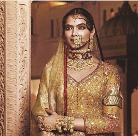 watch hindi movies padmavati by deepika padukone see photo is this deepika padukone s look from padmavati pinkvilla