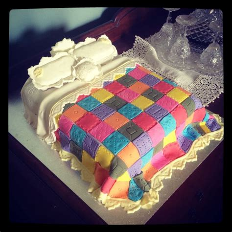 quilt themed birthday cakes 31 best quilt cakes images on pinterest