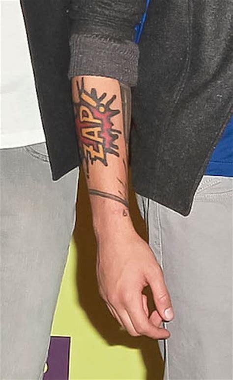 zayn tattoo zap meaning the meaning behind zayn malik s newest tattoo revealed