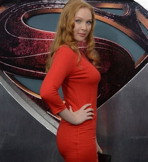actress last name quinn molly c quinn is our kind of redhead 1 10 actress