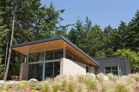 Great Island Cabin C by Gallery Of Island Cabin Stuart Silk Architects 6