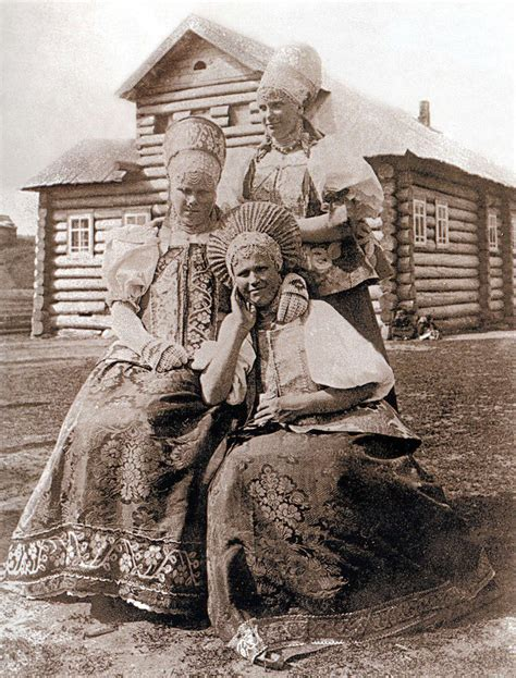 russian peasants 19th century festive and everyday clothes in the russian empire