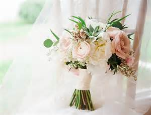 Wedding flowers bridal bouquets and centerpieces flower decoration