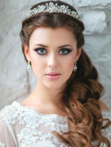 Wedding Hair Half Up Half With Tiara by 20 Best Half Up And Half Wedding Hairstyles