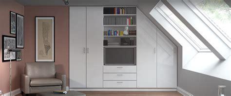 wohnzimmerschrank mit kleiderschrank wohnzimmerschrank f 252 r dachschr 228 ge konfigurieren