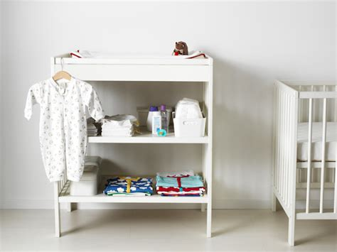 how to transform a baby changing table into a bookcase