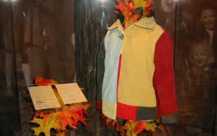 coat of many colors dolly parton s coat of many colors fits the fall season