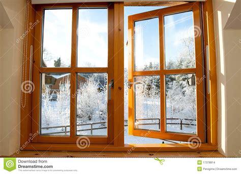imagenes libres de ventanas ventana de madera esmaltada doble imagenes de archivo