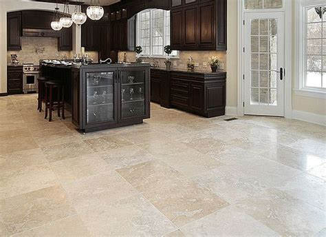 travertine kitchen floor best 25 travertine floors ideas on