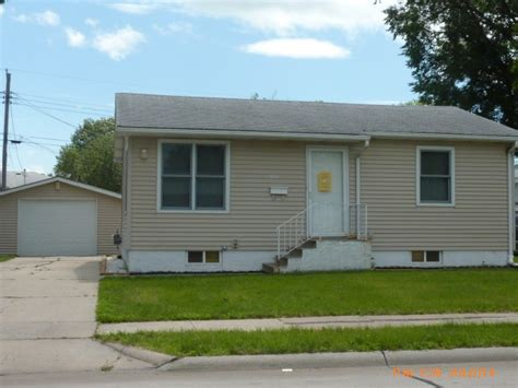 houses for sale columbus ne 4121 15th st columbus nebraska 68601 bank foreclosure info reo properties and bank owned