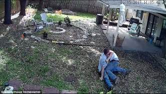 two women fighting in the backyard texas homeowner catches workers fighting like girls