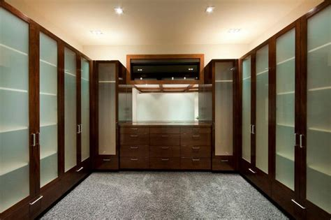 Master Bedroom Walk In Closet Designs Master Bedroom Closet