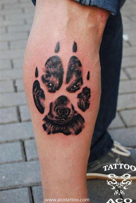 wolf print tattoo best 25 wolf paw tattoos ideas on wolf print