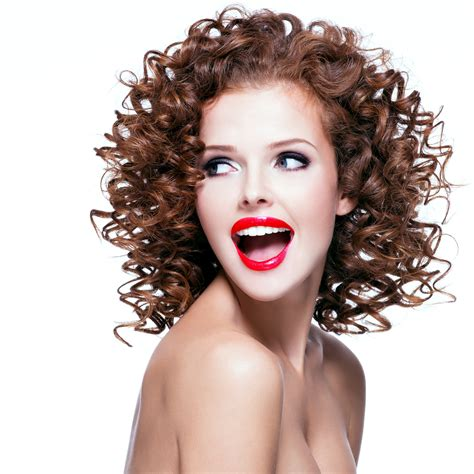 naturally curly hair white women sles curly hairs brunette curly hair curly hair