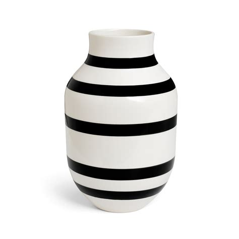 Omaggio Vase by Omaggio Vase Large Black Ditte Reckweg And Schou