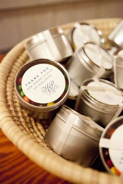 Wedding Favors Edible Ideas by 41 Wedding Favors You Ll A Tough Time Parting With