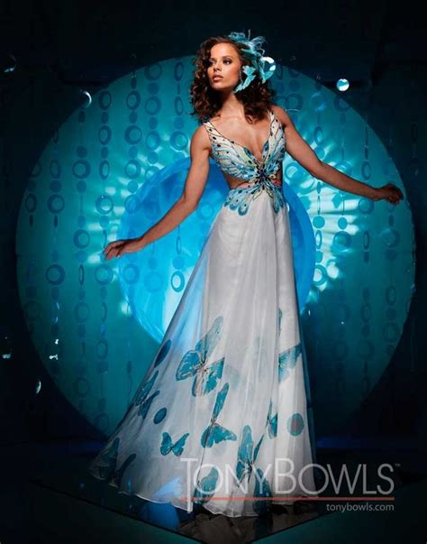 Buterfly Dres another beautiful butterfly dress my style