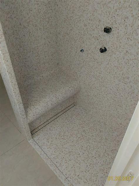 doccia con mosaico doccia mosaico foto vasca in doccia mosaico verde
