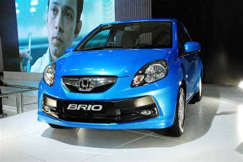 hyundai brio automatic get last automotive article 2015 lincoln mkc makes its