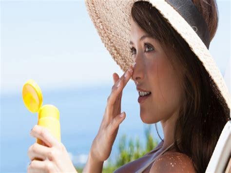 Tabir Surya Untuk Wajah manfaat krim tabir surya untuk wajah tips dokter cantik