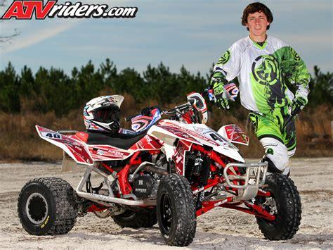 atv motocross racing yamaha s chad wienen wins ssqsa atv motocross season