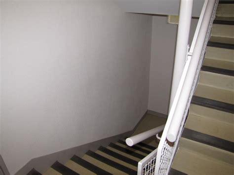 Comment Tapisser Une Cage D Escalier by Comment Tapisser Une Cage Descalier Rnovation Dune Cage