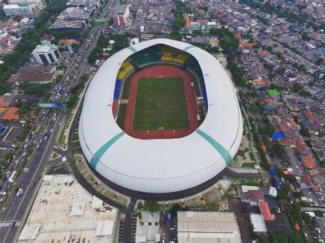 stadion patriot bekasi  stadion pakansari bogor