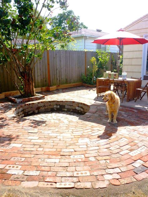 Fire Pit Small Backyard Backyard Fire Pit Designs And Backyard Pit