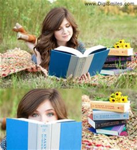 senior pictures with books senior photos on 183 pins