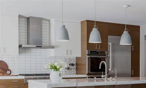 how to choose kitchen cabinets how to choose cabinet lighting kitchen 1000 images about