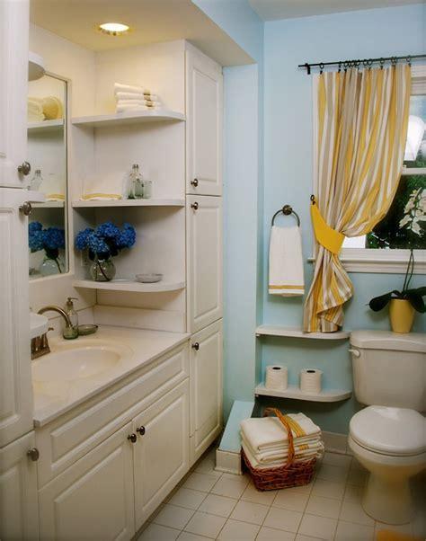 Beau Salle De Bain Sous Pente 5m2 #3: astuce-rangement-salle-de-bain-idee-agencement-exemple-mini-salle-de-bains-e1484322997121.jpg