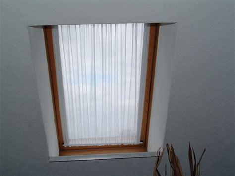 dachfenster gardinen scheibengardine wei 223 dachfenster velux gardinen