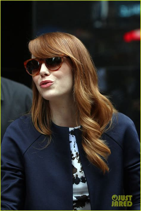 emma stone just jared emma stone named her dog after woody allen s alvy singer