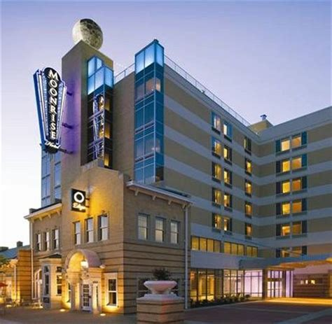 hotels with in room st louis mo moonrise hotel best price guaranteed expedia