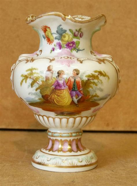 Small Thin Vase Home Gt Shop Gt Category Gt A Continental China Small Bulbous