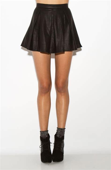 leather flowy skirt fashion