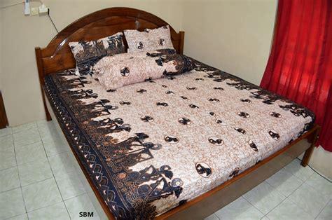 Sprei Batik Berkualitas sprei batik wayang putih remek