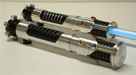 obi wan kenobi lightsaber color obi wan kenobi episode i lightsaber replica lightsabers