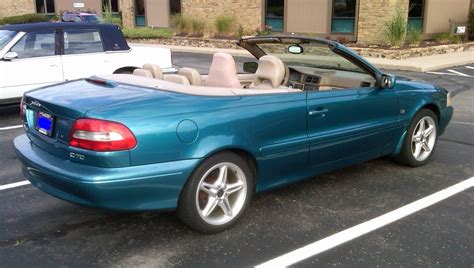classic volvo convertible curbside classic 2001 volvo c70 convertible the swede