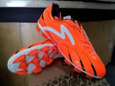 Sepatu Bola Specs Terbaru 2012 jual sepatu bola original specs magma sepatu bola specs