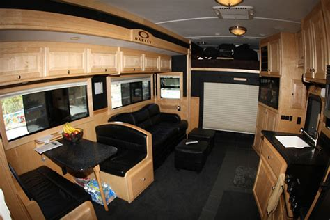 luxury semi trucks cabs luxury sleepers for big rigs autos post