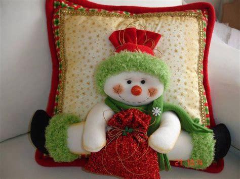 ideas  decoracion  monos de nieve de fieltro