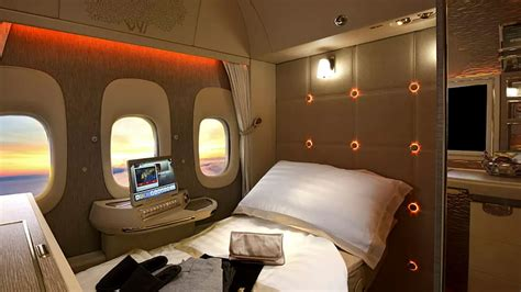 emirates virtual windows emirates has a new plane with virtual windows and zero