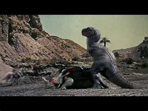 film cowboy vs dinosaurs the valley of gwangi 1969 dinosaur fight youtube