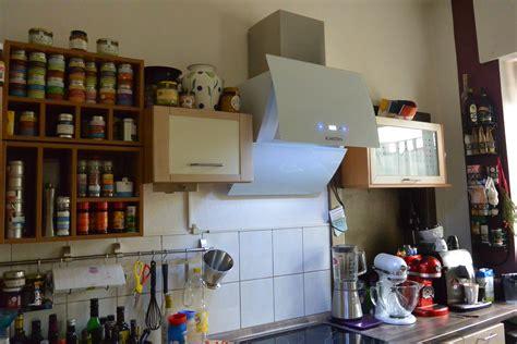 L Küche Mit Elektrogeräten by Moderne Wohnzimmer