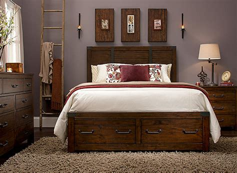 shelton  pc king bedroom set  storage rustic pine raymour flanigan